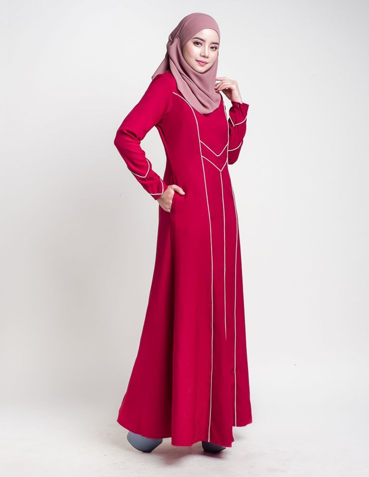SKU#: JBH-7083  Introducing modern simplicity of tailored fit jubah with impeccable details from our Modeste Collection. AURELIA jubah is designed with a flattering fit that defines the waist and …