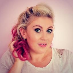 Louise  Channel: Sprinkleofglitter british youtuber, best friends with zoella, has a lovely daughter named darcy and is married to matt :)