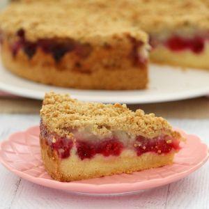 Raspberry & Apple Crumble Cake - Bake Play Smile