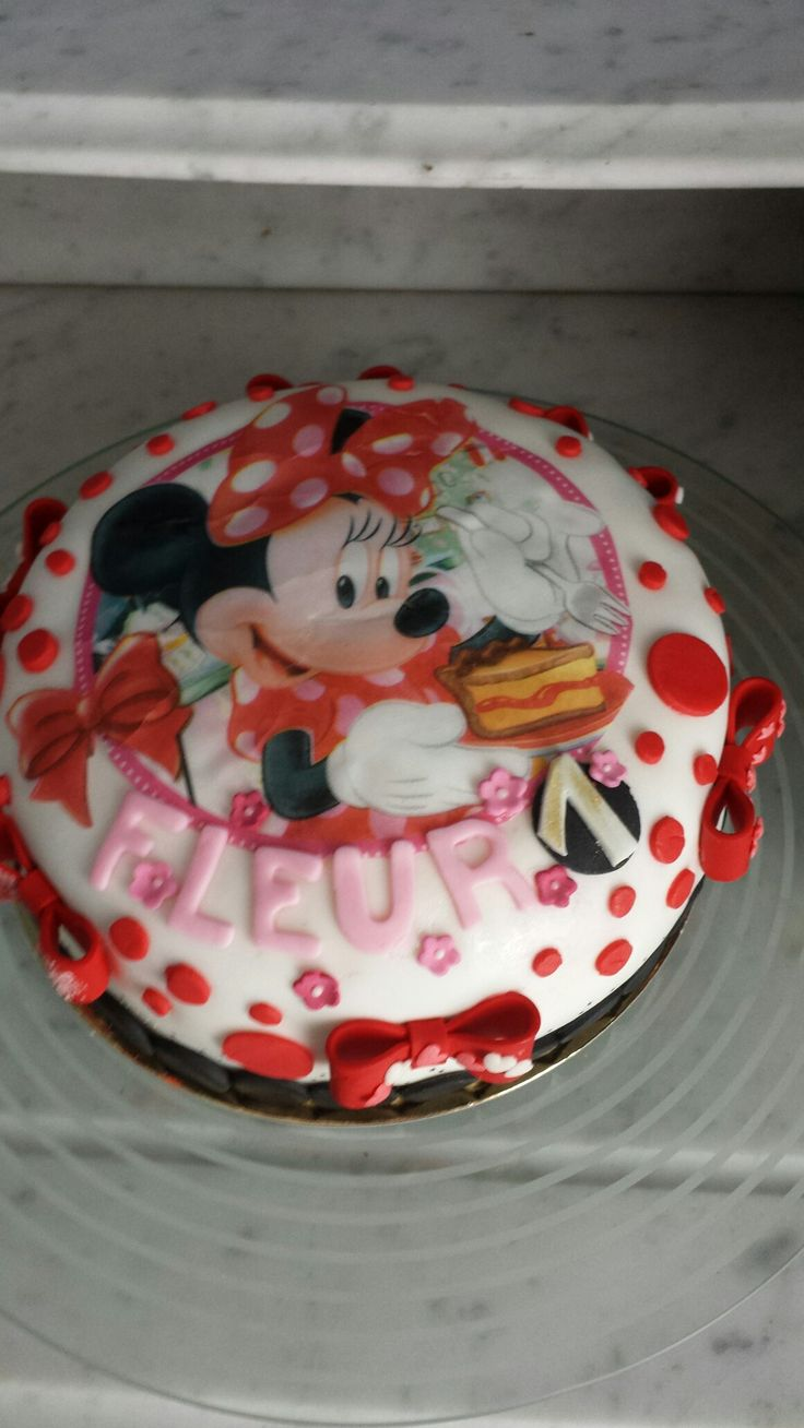 Minnie mouse taartje