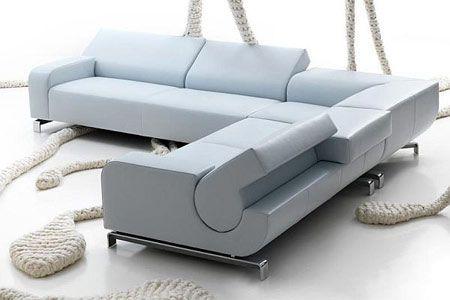 Elegante e moderno divano B flat con schienale regolabile, stile e funzionalità