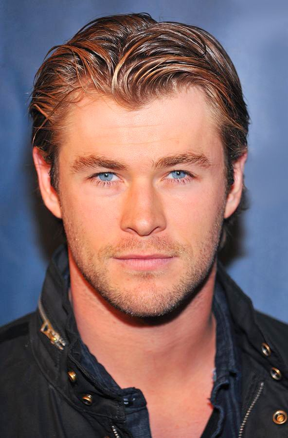 CHRIS HEMSWORTH don't get it twisted this man look stunning this morning as he announced the Oscar Nominations
