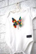 Bubby Makes 3 :) 3D butterfly singlet...love it :): Dimen Butterflies, Butterflies Onesie, Butterflies Singlet Lov, Butterflies Adorn, 3D Butterflies, Butterflies Singletlov