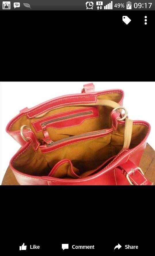 Inside Tas merah kulit ferarri  mmg tak ada yg sempurna namun berusaha utk mjd sempurna (wadah komplit dan desain yang ciamik)  denayu produsen tas kulit yogya 7FB5A772