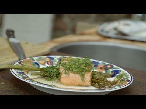 Dampet ørred, med grønne asparges, hvidvin og smør | Musholm