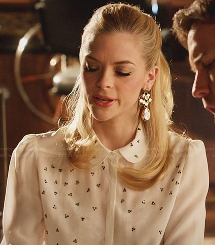 Lemon's white embellished blouse and crystal honeycomb earrings on Hart of Dixie