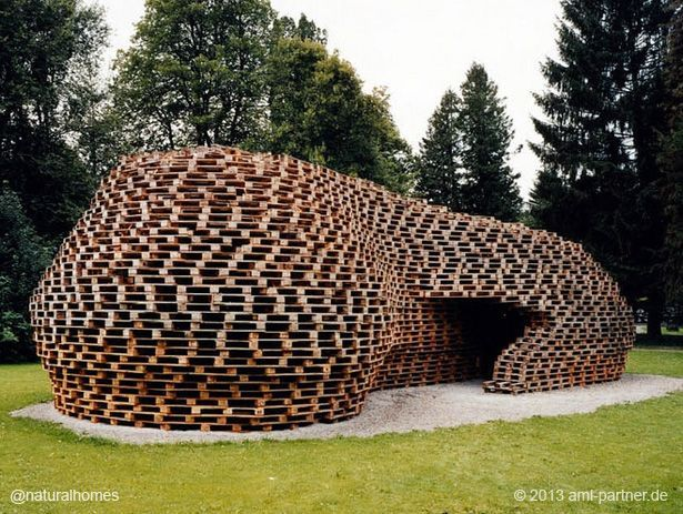This is the Pallet Pavilion by Matthias Loebermann, built as a temporary meeting place for media and athletes after the World Ski Championships in Oberstdorf, Germany.  #architecture #repurpose #recycle
