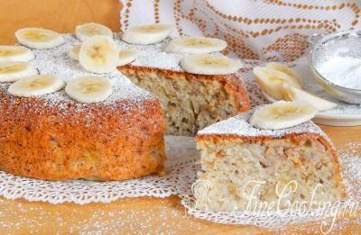 Шаг 11. Угощайтесь, друзья! Очень вкусный кекс с кусочками ароматного банана отлично подойдет для семейного чаепития