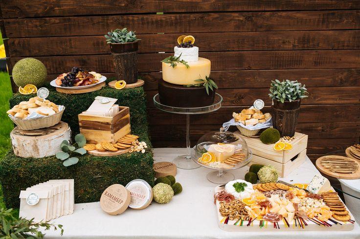 Сырный Candy-bar: оформление стола для фуршета на свадьбе.