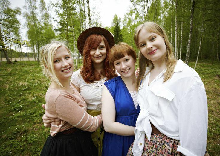 Kardemimmit-Finnish folk singers