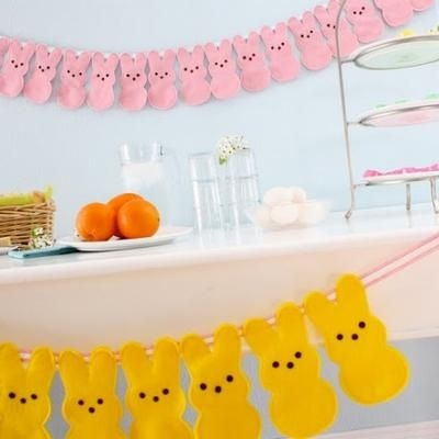 Felt peeps bunting: Crafts Ideas, Doors Hangers, Spring Parties, Easter Crafts, Bunnies Buntings, Peeps Bunnies, Easter Bunnies, Peeps Garlands, Easter Decor