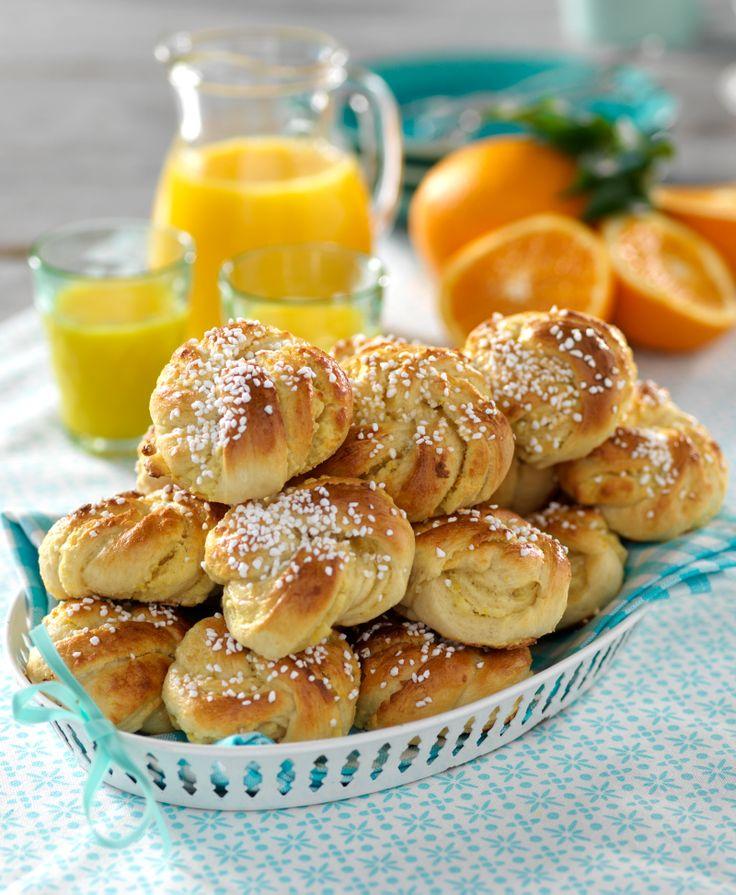 Apelsinbullar med mandelmassa