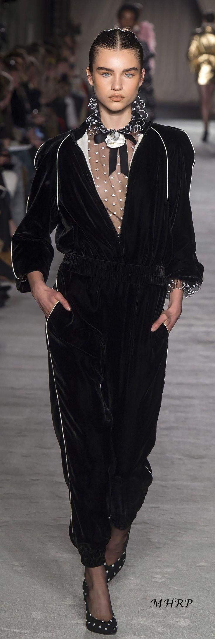 Philosophy di Lorenzo Serafini Fall 218_Vogue-Runway