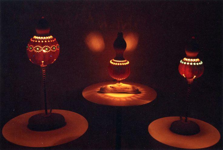 益子町の家具・インテリア・お土産・名産品・特産品といえば、ひょうたんの灯りルーム。(益子町益子4283-4) 一つ一つが手作りの 愛らしい形、優しい癒しの灯り…