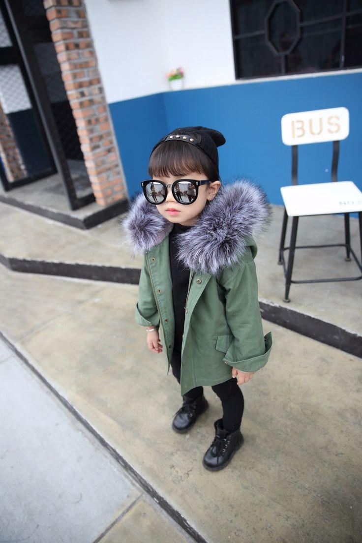 冬の新しい子供の摩耗子供のファッション大毛皮の襟コート子供の毛皮のコート赤ちゃん女の子男の子服(China (Mainland))