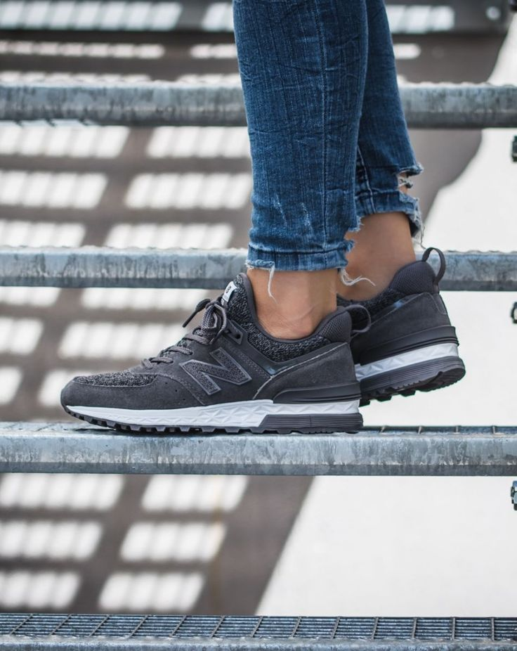 new balance 574s peaks to streets