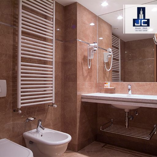De-stress yourself and experience the luxury of bathing in Jaycee Homes Executive, located at Ghatkopar with International Brand designer fittings in the bathroom.