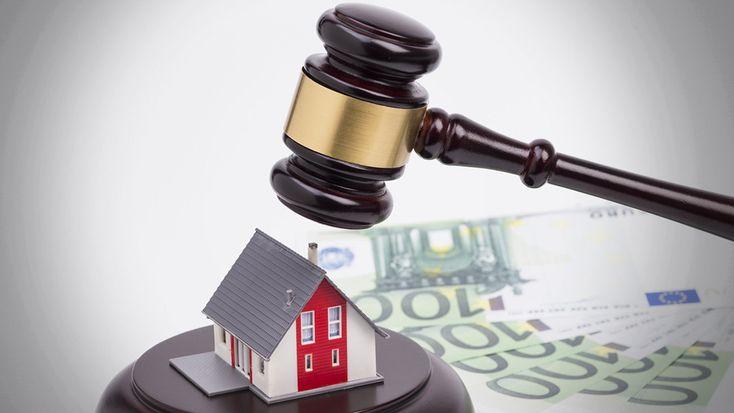 Στα όρια της εμπλοκής η διαπραγμάτευση-θρίλερ για την προστασία της α' κατοικίας