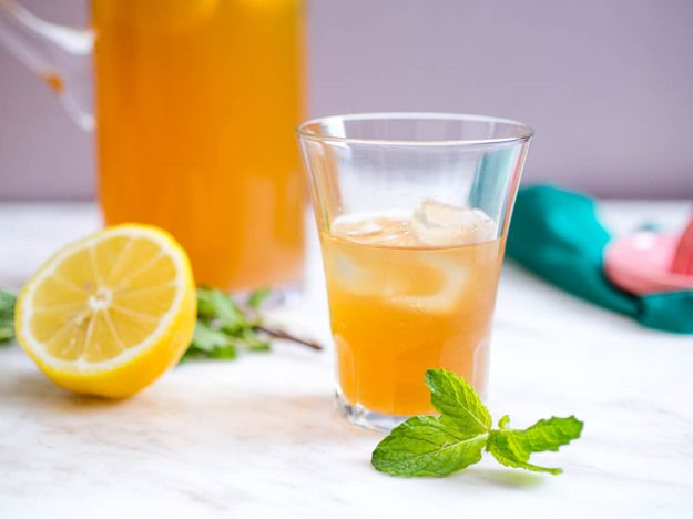 Lady Grey - Vodka, Lemon Juice, Ginger Syrup (Recipe), Earl Grey Tea, Mint, Lemon Wheels.