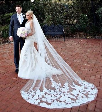 Love this veil Jamie-Lynn Spears wore for her wedding. Who'd have thought I'd like celebrity weddings....