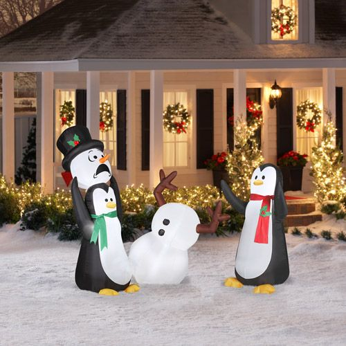 Best 25 inflatable christmas decorations ideas on for Airblown nutcracker holiday lawn decoration