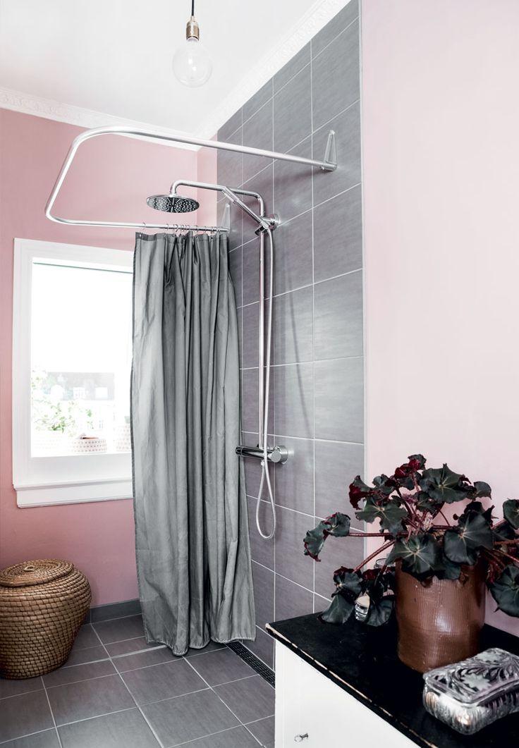 Pink And Grey Bathroom