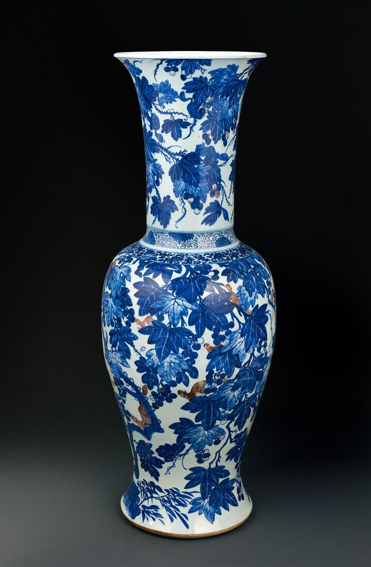 a rare and large blue and white underglaze red flower vase qing dynasty kangxi 1662 1722. Black Bedroom Furniture Sets. Home Design Ideas