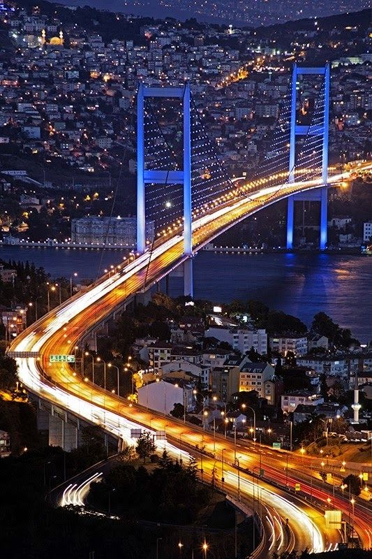 Bosphorus Bridge, Istanbul, Turkey.