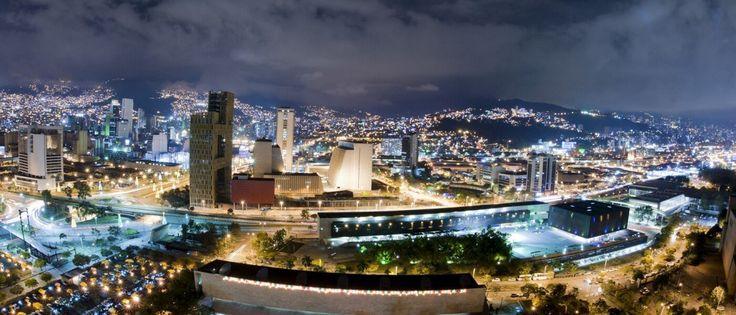 De cuartel general de Pablo Escobar a 'ciudad más innovadora del mundo': Así ha lavado Medellín su imagen