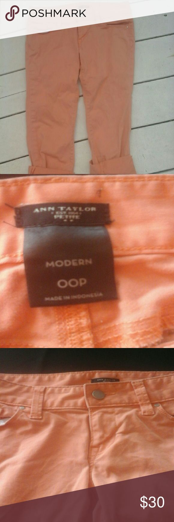 Ann Taylor Petite Cropped Coral Capris Ann Taylor petite 00P coral capris. Super cute for a casual outfit or pair it with a dressy top and you have the perfect outfit! The condition is barely used, worn 2-3 times, great condition, super comfortable! Ann Taylor Pants Capris