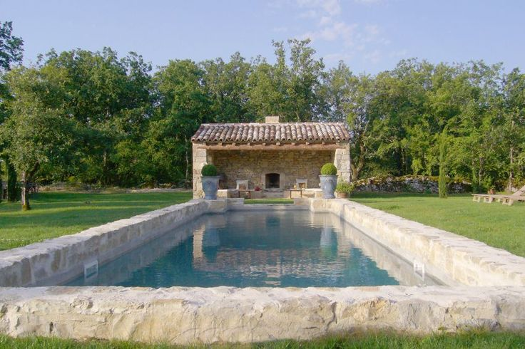 Moulin de la Caille   Holiday rental mill in South West France with private heated pool