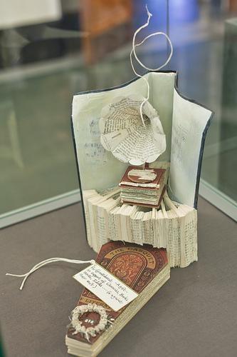 Edinburgh's Mysterious Book Sculptures