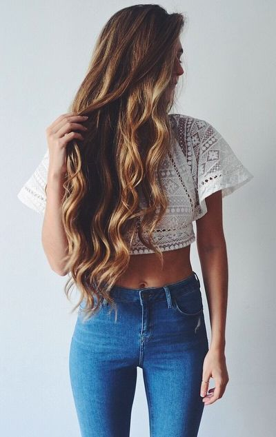 lace crop top + high waisted jeans http://lookshq.com
