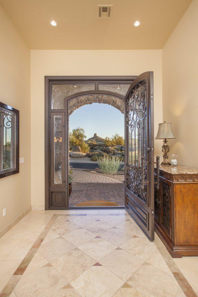 Scottsdale Homes For Sale in the $700,000's https://fitzgeraldluxurygroup.com/scottsdale-homes-sale-700000s?utm_content=buffer920d2&utm_medium=social&utm_source=pinterest.com&utm_campaign=buffer