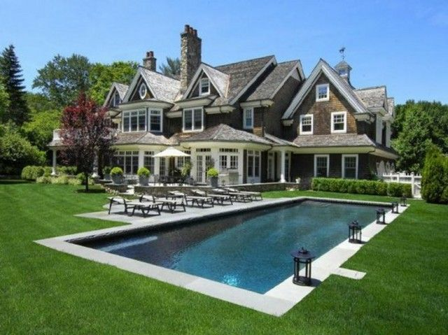 Beautiful pool and lawn landscaping