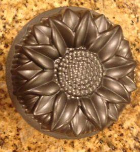 Nordic Ware Sunflower Flower Bundt Cake Pan Mold 10 Cup Platinum  cakepins.com