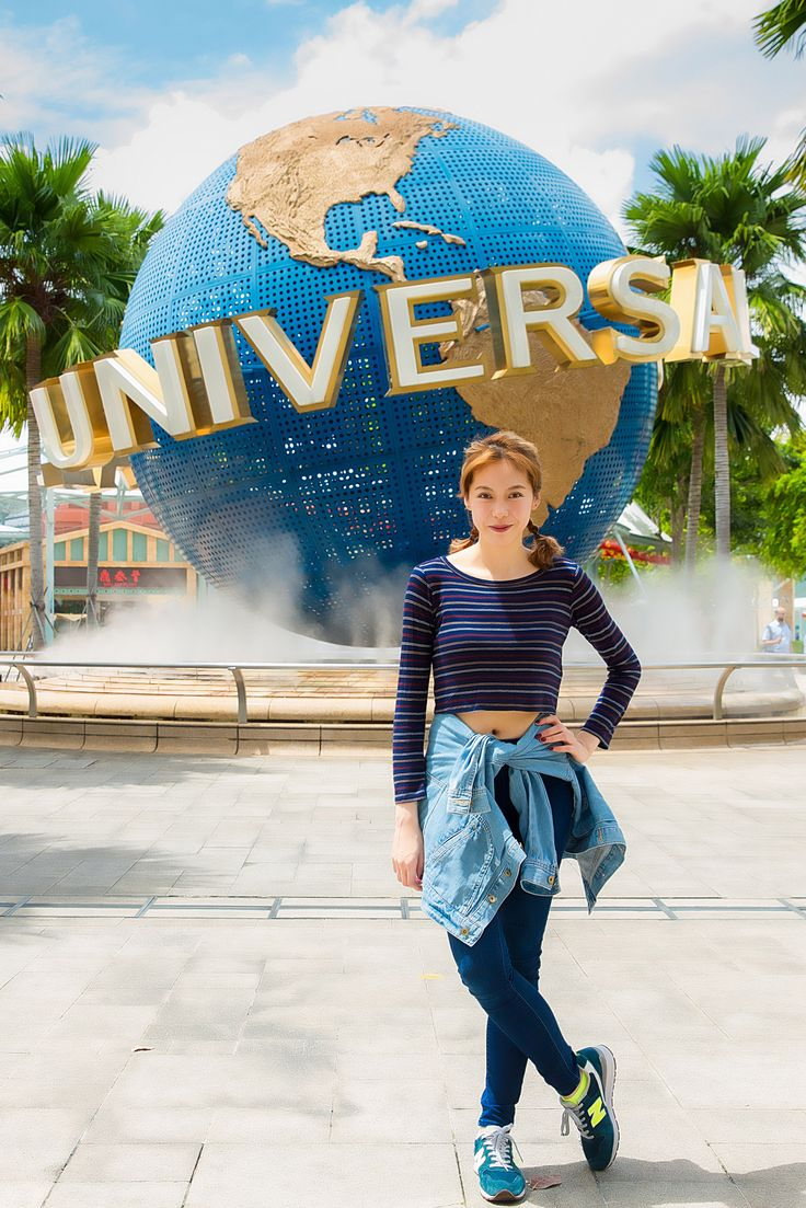 Local songbird Olivia Ong, spent a fun afternoon with us at Universal Studios Singapore! She sure had a fun time!