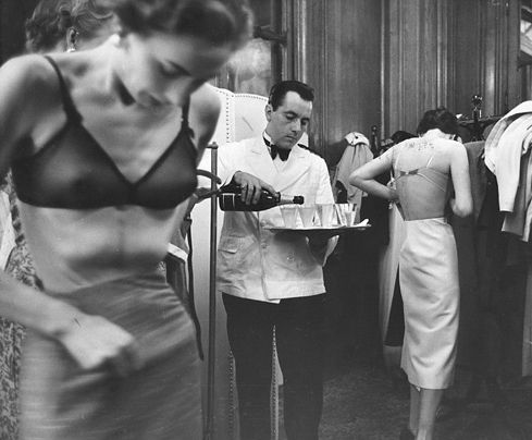 Kurt Hutton :: Model Behaviour, British models... | un regard oblique