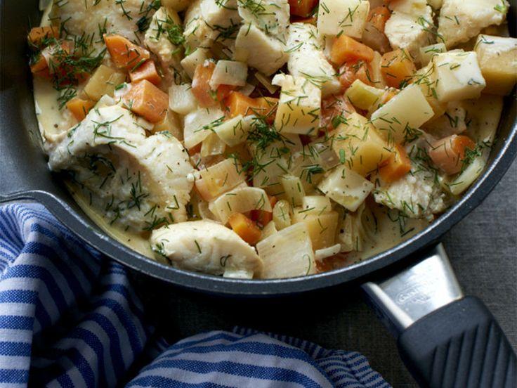 Steinbitgryte med dill og kremet saus  - Når du trenger et varmende og smaksrikt alternativ til julematen. Server gjerne med ferskt, varmt brød.