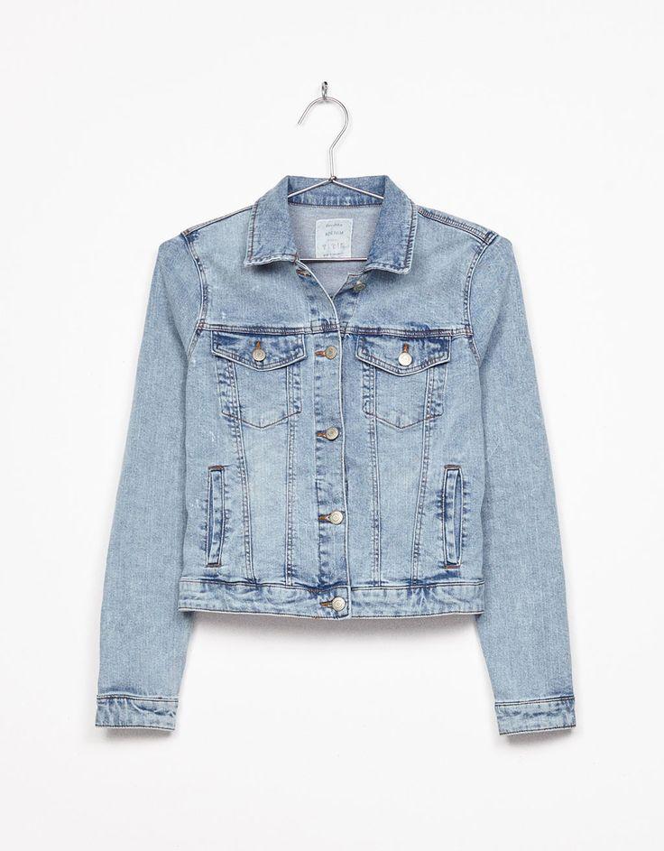 Bershka chaqueta 20€