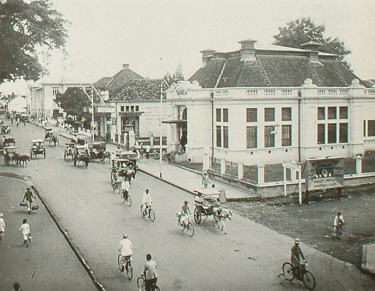 "Bandung in the past - ""Bandung Tempo Doeloe"""