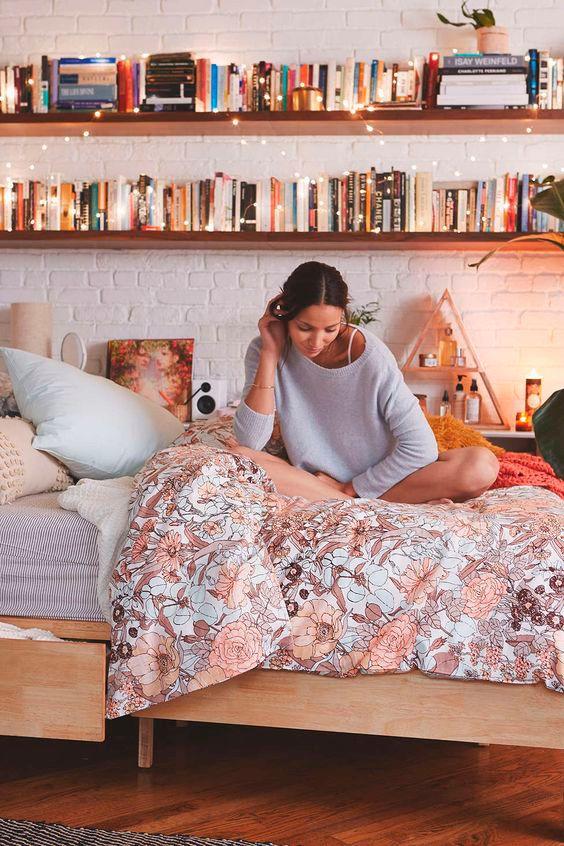 Depois Dos Quinze | Decor: organizando livros em um quarto pequeno