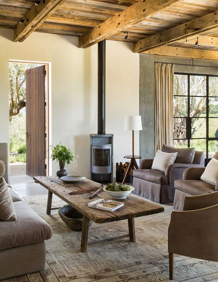 warm and inviting / Stone vacation house in Sonoma County, by Arc Design