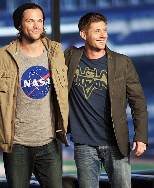 "Jared and Jensen. (Hehe Jensen is wearing a batman shirt. ""I""m batman."") ( https://38.media.tumblr.com/38ab6887c8a3aa134b3b5f19e25d069f/tumblr_n5f89s7fg91trthj3o4_500.gif )"