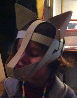 S'il te plait, fabrique-moi un jouet !: Fabriquer des masques en Papier (pas) mâché...