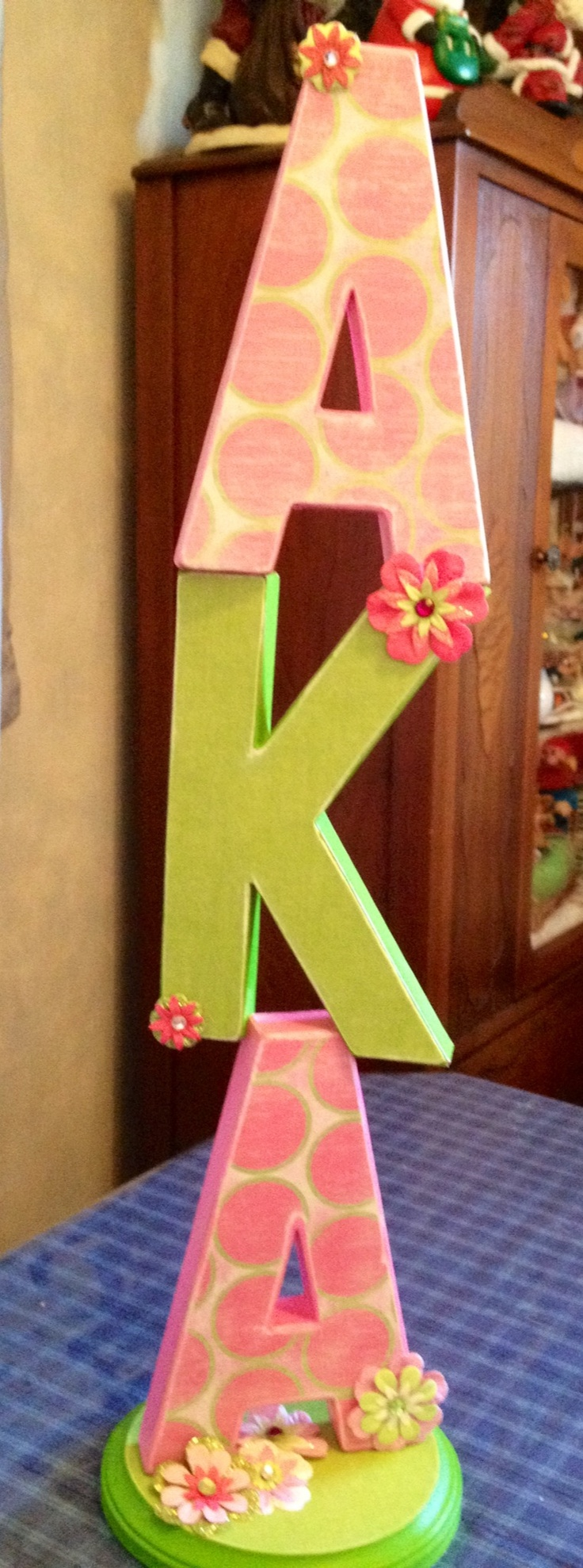 How to glue scrapbook paper to wood letters - Aka Paper M Ch Letters Painted And Then Modge Podged With Scrapbook Paper Attached Letters