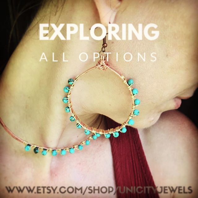 Healing properties of stones can really help you choose the right jewelry piece for you or someone close.  This jewelry set is made of Copper and turquoise #howlitestone Check out my cool store on Etsy.  www.etsy.com/shop/UnicityJewels #madebydesigner #getitgirl #madeincostarica #costaricafashion #ethnicjewellery #wearableart #jewelryaddict #jewelryshop #giftideasforher #uniquejewelry #UnicityJewels #giftidea #bedifferent #jewelrylover #copperjewelry