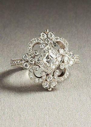 charming vintage heirloom wedding engagement ring