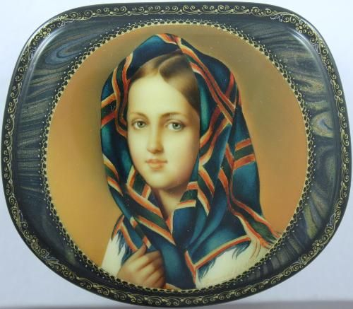 """Fedoskino. Russian Lacquer Art Titled Portrait of Girl in Kerchief"""" Copy of  Aleksey Venetsianov (1780-1847) Painting Artist S. Fomichev"""