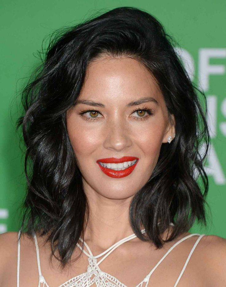 Olivia Munn at the 2016 premiere of 'Office Christmas Party.'
